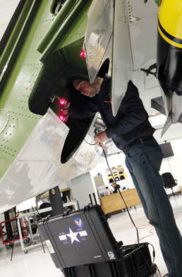 using handheld scanner under aircraft wing